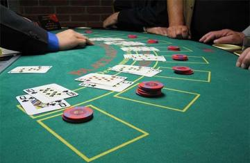 online blackjack table game